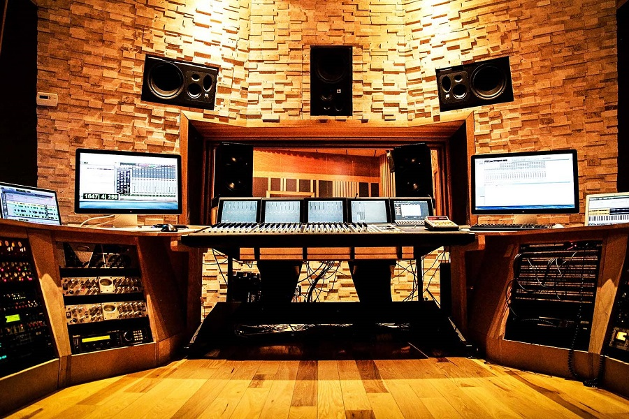 13 Common Software Programs in the Recording Studio